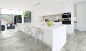 salon de cuisine carrelage d intérieur de salon de cuisine au sol