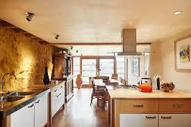 offene küche mit essbereich und bild kaufen 12358784