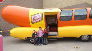 Oscar Mayer Truck - YouTube