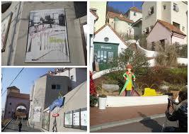 La Place Principale De Lamphitheatre Est Etudiee Pour Reproduire Un Village Mediterraneen Tout Net Peu Trop Latmosphere Nest Pas Sans