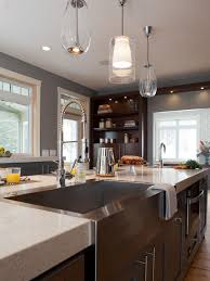 Modern Kitchen Design With Elegant Island And