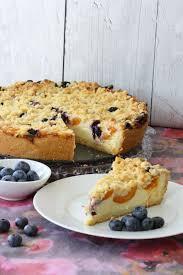 aprikosen schmandkuchen mit knusperstreuseln und