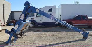 100 Truck Mounted Cranes National 200 Truck Mounted Crane Item I6380 SOLD Novemb