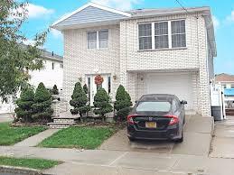 100 Sleepy Hollow House 46 Rd Staten Island NY 10314 869000