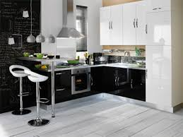 Black And White Kitchen Decor Trends For 2013