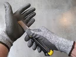 gant anti coupure cuisine quelques conseils pour bricoler ou faire jardin sans risques
