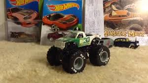 2015 Hot Wheels Monster Jam Bkt 1:64 Diecast Review Youtube Intended ... 2015 Hot Wheels Monster Jam Bkt 164 Diecast Review Youtube Intended European Trucksdhs Colctables Inc Sd Trucks Greenlight Colctibles Loblaws Die Cast Tractor Trailer Complete Set Of 5 Bnib Model Trucks Diecast Tufftrucks Australia Home Bargains Suphauler Model Car Colctable Kids Highway Replicas Livestock Mack Road Train Blue White 1953 Studebaker 2r Truck Orange Castline M2 1122834 Scale Chevy Boss Company Dcp 33797c O Pete Peterbilt 389 Semi Cab 1 64 Of 9 Greenlight Toy For Sale Ebay Saico Ty3126 Volvo Fh12 Curtainside Eddie Stobart