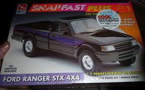 AMT FORD RANGER STX 4X4 PICKUP TRUCK SNAPFAST 1/25 Model Car ...