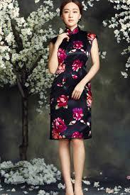 modern silk cheongsam two color choices luxury silk fabric