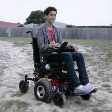 fauteuil tout terrain electrique fauteuil roulant électrique frontier v6 fauteuil tout terrain
