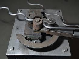 moyens de productions machines rouleuse à tôle voluteuse