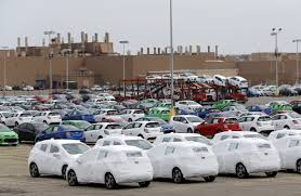 GM's Conundrum: Too Many Factories Making Slow-Selling Cars - WSJ Where Are The Gm Workers Now Youtube Faces Fiscal Political Minefields As It Asses Plants Woman In Custody After Dtown Garbage Truck And Suv Crash Plant Arlington Looks To Wind Power Its Future Nbc 5 Saic Build Small Cars For Emerging Markets The 13000th Vehicle Rolls Off Line At Gms Flint Assembly Bannister Chevrolet Buick Gmc Ltd Is A Edson Fiat Chrysler Move Some Truck Production Michigan From Mexico Plant Oshawa Wont Produce Resigned 2019 Sierra Chevy Pickups Drive Suppliers Add Jobs Facilities Business Pickup Sales Run Out Of Gas Closes Holden Australia Motor Trend