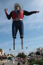 Workers Raise Big Tex For His 60th Time The Texas State Fair At Park