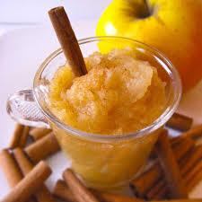 dessert a base de compote de pommes recette compote de pommes cuisine madame figaro