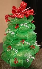 Geo Mesh Ribbon Tree Project Christmas Time Ornaments