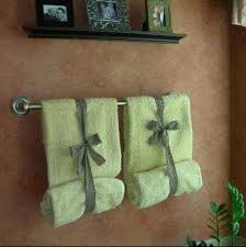 Decorative Towels For Bathroom Ideas by Best 25 Folding Bath Towels Ideas On Pinterest Guest Towels