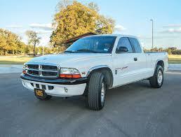 1999 Dodge Dakota - Jesse Estrada - LMC Truck Life