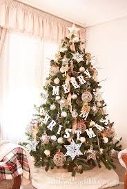 Neutral Rustic Christmas Tree Stars