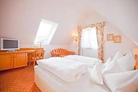 hotel krone ab 83 hotels in gerlingen kayak