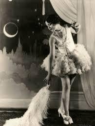 Beginning Of Modern Fashion 1920s Women 2