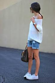 Cool Summer Outfits With Shorts All Stars Converse Shoes