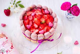 erdbeer erdbeere likör löffelbiskuit sahne
