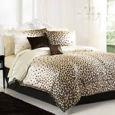 best 25 cheetah bedroom decor ideas on pinterest cheetah