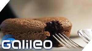 so gelingt der chocolate lava cake galileo prosieben