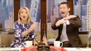 Kelly Ripa Halloween Contest by Kelly Ripa 5 Things To Know About Her Social Media Co Host