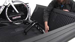 F150 Bed Divider by Review Of The Thule Truck Bed Bike Racks On A 2016 Ford F 150