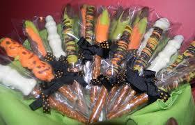 Halloween Pretzel Rods by Spooktacular Pretzels Piggytummy