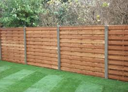 Diy Backyard Privacy Fence Ideas On A Budget (19) - Round Decor 75 Fence Designs Styles Patterns Tops Materials And Ideas Patio Privacy Apartment Backyard 27 Cheap Diy For Your Garden Articles With Tag Fabulous Example Of The Fence Raised By Mounting It On A Wall Privacy Post Dog Eared Cypress W French Gothic 59 Diy A Budget Round Decor En Extension Plans Lawrahetcom