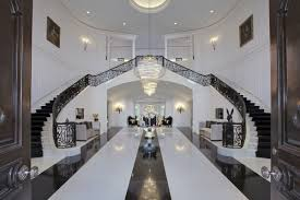 100 Holmby The Manor Hills Mansion Sets New LA County Record With 120M