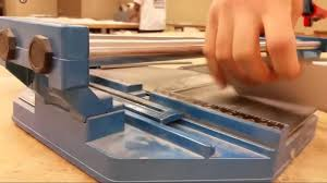 Ishii Tile Cutter Manual by Clinker Cutting Glass Tile Video Youtube