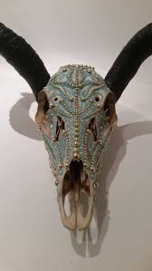 Decorated Cow Skulls Pinterest by 250 Best Diy Cow Skulls Ideas Images On Pinterest Animal Skulls