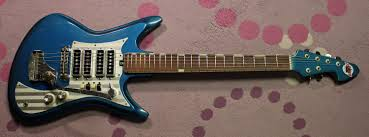Smashing Pumpkins Bassist 2012 by The Shark Fin U2013 Late 1960s Teisco K4l Et460 Japanese Guitar