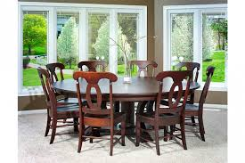 Birmingham Traditional Round Table Dining Room Set