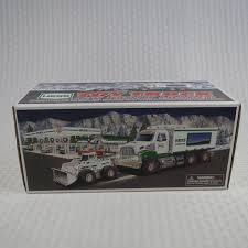 100 Hess Truck Toy 2008 HESS TRUCK And Front Loader New In Box 2500