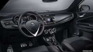 2017 Alfa Romeo Giulietta Interior