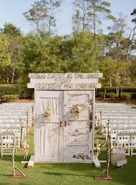 These Dreamy Shabby Chic Doors Make A Perfect Outdoor Entryway For Vintage Bride Wedding
