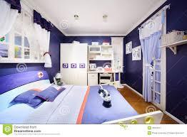 chambre a coucher pour garcon chambre à coucher bleue élégante pour le garçon image stock
