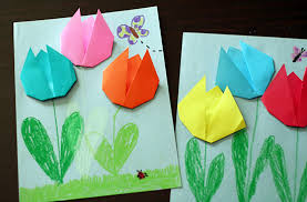 Make And Takes Tulip Design Is Another Pattern That Encourage Kids To Do Other Things Like Drawing Have Them Fold The Flower Then Glue A