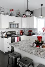 White Kitchen Decor L Shaped With Red Accessories