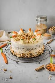 karottenkuchen klassische rübli torte mit frischkäsecreme