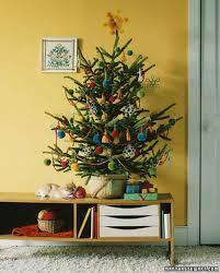 Yarn Tree Creative Christmas Decorating Ideas