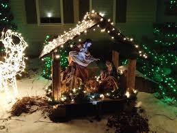 Bellevue Baptist Church Singing Christmas Tree 2013 by Nativity Usa