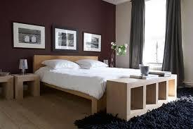 chambre couleur prune et gris une déco qui réveille la chambre lits chic et aménagement