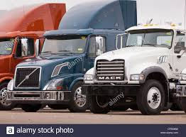 New Tractor Trucks - California USA Stock Photo, Royalty Free ... Archaeofile Ice Cream Truck Elimart California Ford F350 In For Sale Used Trucks On Buyllsearch Truck Depot Commercial In North Hills Industry Clamors For Public Lands Multiuse Weigh Stations F450 Service Utility Mechanic West Auctions Auction Cars Tractor And Trailers 2018 Super Duty Pickup The Strongest Toughest Home Central Trailer Sales East Coast Truck Auto Sales Inc Autos Fontana Ca 92337 Traffic Are Major Cause Of Bottlenecks On Craigslist Los Angeles And Latest Freightliner Dealership New