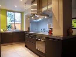 cuisine au milieu de la une cuisine aux contraintes maîtrisées inspiration cuisine le