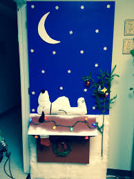 Classroom Door Christmas Decorations Pinterest by Images About Holidays Office Decor On Pinterest Door Charlie Brown